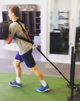 When you need to go from #ShowPony to #BulkPony you double-down on #LoadedCarries! @nick_er_bocker gettin' after it! #SW...